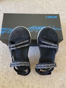 Teva Womens Sandals size 9