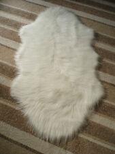 'SPECIAL OFFER' WHITE FAUX SHEEPSKIN PELT SHAPE SHAGGY FLUFFY FUR RUG 70x130cms