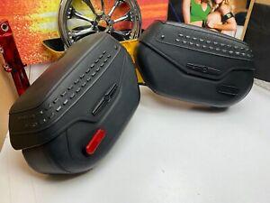 🔥Genuine Harley 18-20 Softail Deluxe Black Studded Saddlebag Set OEM🔥