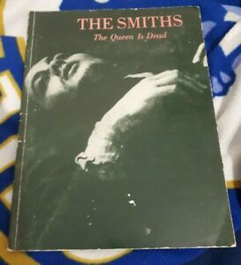 THE SMITHS  * THE QUEEN IS DEAD* PIANO/GUITAR SHEET MUSIC BOOK