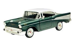 MOTORMAX 1957 57 CHEVY BEL AIR HARD TOP 1/24 Scale DIECAST Model Car green