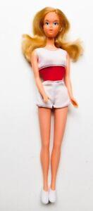 Vintage Mod Free Moving Barbie 1975 Original Clothes Doll