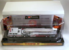 Code 3 Washington D.C. Truck 13 Ladder Fire Truck Mib 1/64 #12672 Nib