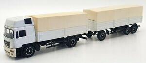 Conrad 1/50 Scale - Mat103 - MAN F2000 Covered Truck & Trailer - White
