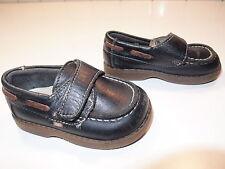 Zapatos nauticos de piel para niño, color azul marino. Talla 20. Villena