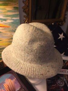 Vintage Hansen Cream & Fleck Wool Knit Hat!!!