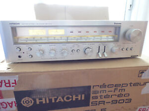 Hitachi SR-903 Stereo Reciever (amp + tuner in one.)  Fully working. NM  Superb!