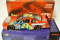 1/24 Jeff Gordon #24 DuPont / Charlotte May 2000 Monte Carlo Diecast Action Car