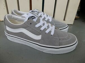 NWT WOMEN'S VANS SK8-LOW SNEAKERS/SHOES.SIZE 7.BRAND NEW FOR FOR 2021.SAVE!