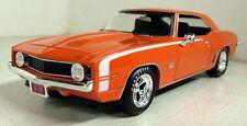 Autoworld 1/24 échelle 24004/6 custom 1969 chevy camaro ss diecast voiture modèle