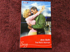 THE PILOT'S WOMAN  BY  ANN ROTH =MILLS & BOON=SEXY=