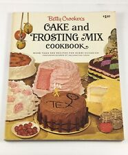 Betty Crocker's CAKE and FROSTING MIX Cookbook, 1966