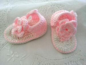 * Sandals - Crocheted * Baby Girls * Pink & White *