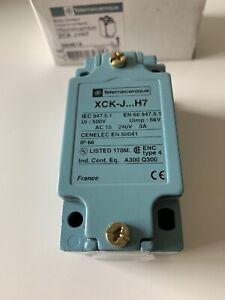 Telemecanique IP65 Snap Action Limit Switch Metal NO/NC 240V ZCKJ1H7 NOS