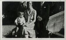 PHOTO ANCIENNE - VINTAGE SNAPSHOT - TÊTE COUPÉE CADRAGE GAG DRÔLE - HEADLESS FUN