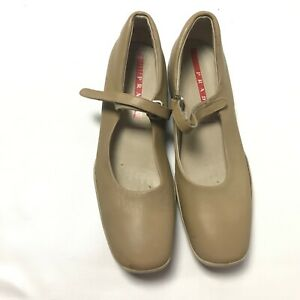 Prada Nude Leather Mary Janes Rubber Sole Loafers Shoes Women's Size 38 $550