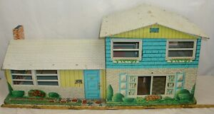 MARX MODERN TWO STORY RANCH LARGE TIN DOLL HOUSE