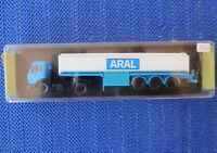 Für H0 Modellbahn -- Mercedes Benz *ARAL* Tanklastwagen von Kibri