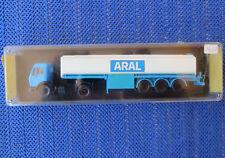 Para H0 Maqueta de Tren Mercedes Benz Aral Camiones Cisternas Von Kibri