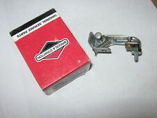 Genuine Briggs & Stratton Gas Engine Breaker Ignition Points 393403 NOS