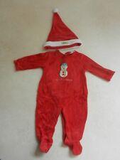 Personnalisé 1st Noël Bébé Rouge//Vert surpyjama Babygrow Premier Noël Pyjama