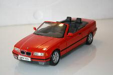 1:18 BMW 325i Cabrio von Maisto