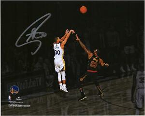 Autographed Stephen Curry Warriors 8x10 Photo Item#11077360