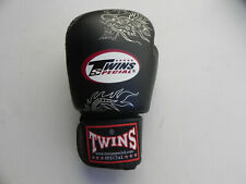 Twins Special Muay Thai Boxing Glove 16 ounce Black w Dragon LEFT GLOVE ONLY