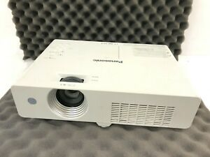 Panasonic PT-LX30HU Projector Resolution 1024x768 / Color Processing 8-bit / VGA