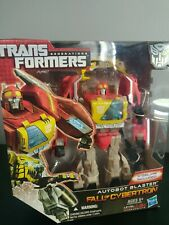 Hasbro Transformers Autobot Blaster Voyager Class Fall of Cybertron Generations