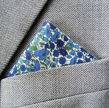 SUPERNOVA Crema Floral Azul Marino Liberty Tela Pañuelo Bolsillo Cuadrado Mod