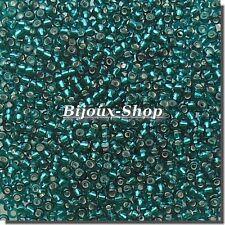 20 grs de Perles de rocailles Tchèque Dark Green Lined Marque Ornella