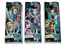 Fangtastic Fitness Lagoona Blue Venus McFlytrap Catrine DeMew Monster High Dolls