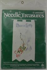 Needle Treasures Wool Crewel Yarn Stitchery Kit Peace on Earth Banner Xmas NIP