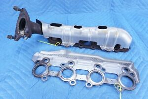 Lexus LX470 Exhaust Manifold W/ O2 Sensor, Shield & Gasket RH 2006 2007 OEM