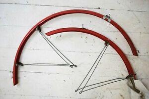 "MILREMO/ BLUEMELS RED PLASTIC VINTAGE BICYCLE MUDGUARDS, 27"" WHEEL"