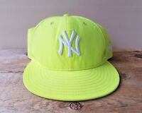 7dd88d91de415 New York YANKEES New Era 59Fifty Hat MLB Baseball Cap Yellow Neon Size 7 1