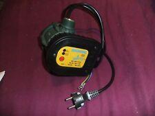ECOCONTROL arrête la pompe quand on ferme le robine P maxi. : 1,1 kW (6 A) 230V