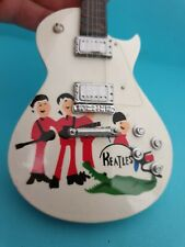 Miniature Guitar 🎵 BEATLES Les Paul With Case Collector Hand Made 🎵 FAST POST