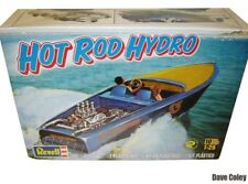 NUOVO Revell scala 0392 1:25th Hot Rod Hemi Hydro BARCA da sci d'acqua e rimorchio