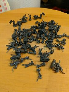 RISK The Game of Global Domination 2010 Edition Extra Pieces *Black Army Pieces*