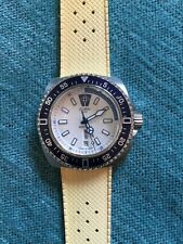 New Zodiac Watch ZO2316 V-Wolf White & Blue Case Yellow Rubber Strap SWISS RARE