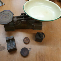 Vintage Scale and Weights Set Classic Collectable Green Rare Retro
