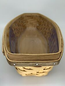 Longaberger 2004 Heartwood Bread basket - Looking For Something Unique?