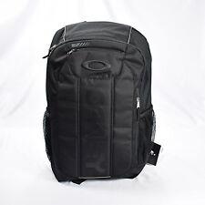 Oakley Enduro 2.0 Backpack 20 Liter (20L) Blackout (Solid Black)