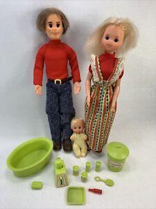 Sunshine Family Steve Stephie Sweets Baby's Room Green Blonde Baby pyjama Lot