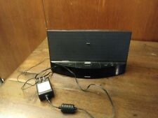 PHILIPS MODEL AJ7040D/37 RADIO ALARM CLOCK SPEAKER WITH IPOD IPHONE DOCK