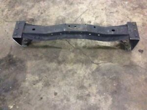 02 03 04 05 06 07 FORD E350 E450 SUPER DUTY 2ND FROM FRONT OF AXLE CROSS MEMBER