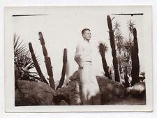 PHOTO ANCIENNE Homme Man Gay Interest 1930 Portrait Cactus Jardin Blanc Profil