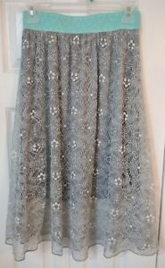 Women's Flare Skirt-Gray Lace-Stretch Waist-Lightweight-Size XS- LuLaRoe